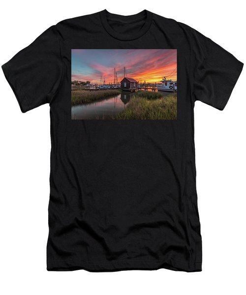 Colors Of Shem Creek - Mt. Pleasant Sc Men's T-Shirt (Athletic Fit)