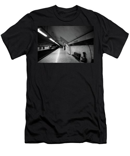 Colosseo Station Men's T-Shirt (Athletic Fit)