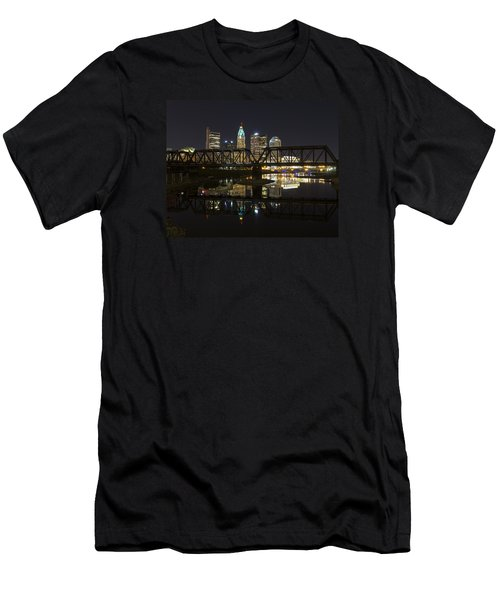 Columbus Skyline Men's T-Shirt (Athletic Fit)