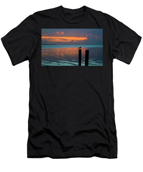 Conch Key Sunset Bird On Piling Men's T-Shirt (Athletic Fit)