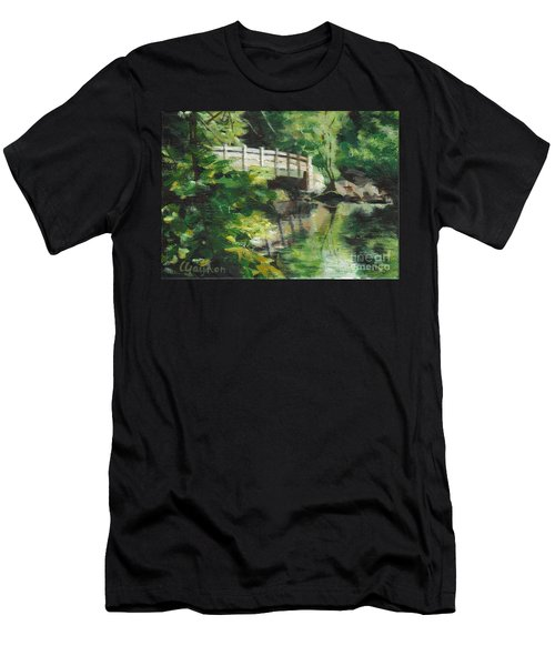 Concord River Bridge Men's T-Shirt (Athletic Fit)