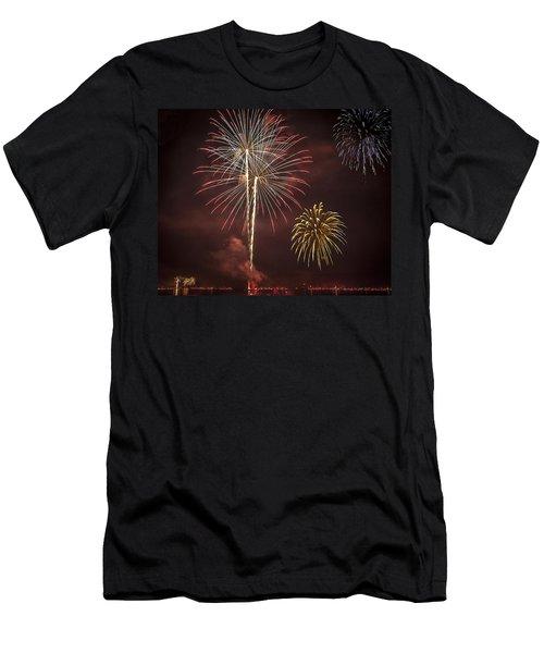 Conesus Ring Of Fire 2015 Men's T-Shirt (Slim Fit) by Richard Engelbrecht