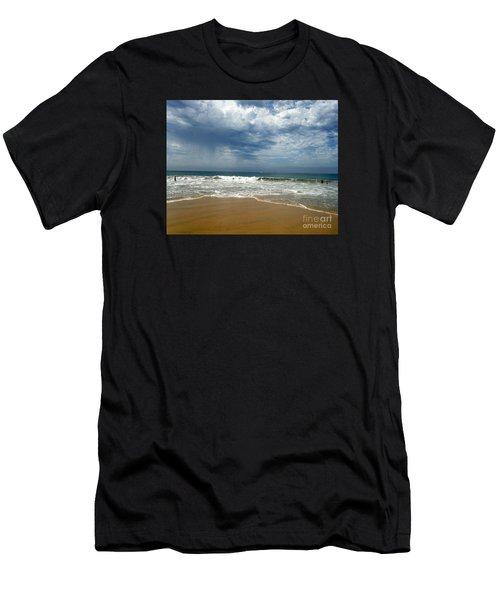 Corona Del Mar 1 Men's T-Shirt (Athletic Fit)