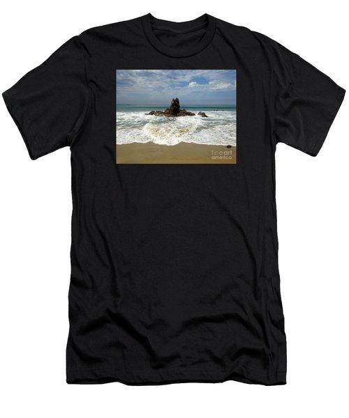 Corona Del Mar 4 Men's T-Shirt (Athletic Fit)