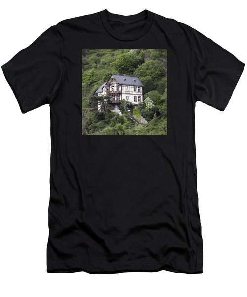 Cottage With A View Men's T-Shirt (Athletic Fit)