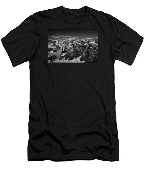 Cottonwood Creek Strange Rocks 2 Bw Men's T-Shirt (Athletic Fit)