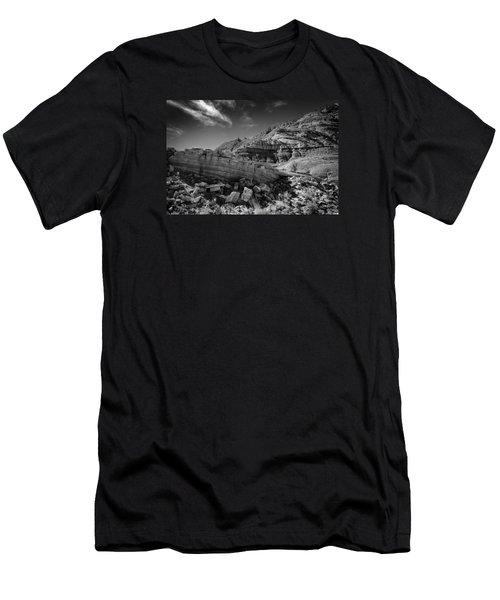 Cottonwood Creek Strange Rocks 3 Bw Men's T-Shirt (Athletic Fit)
