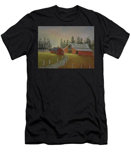 Country Farm Men's T-Shirt (Athletic Fit)