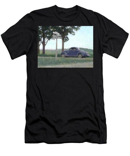 Coupe In The Countryside Men's T-Shirt (Athletic Fit)