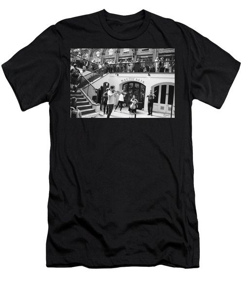 Covent Garden Music Men's T-Shirt (Athletic Fit)