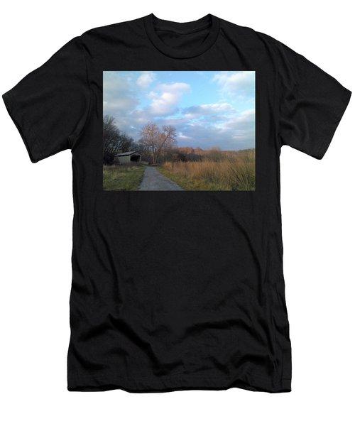 Covered Bridge Men's T-Shirt (Athletic Fit)