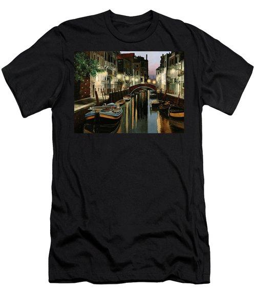 Crepuscolo In Laguna Men's T-Shirt (Athletic Fit)