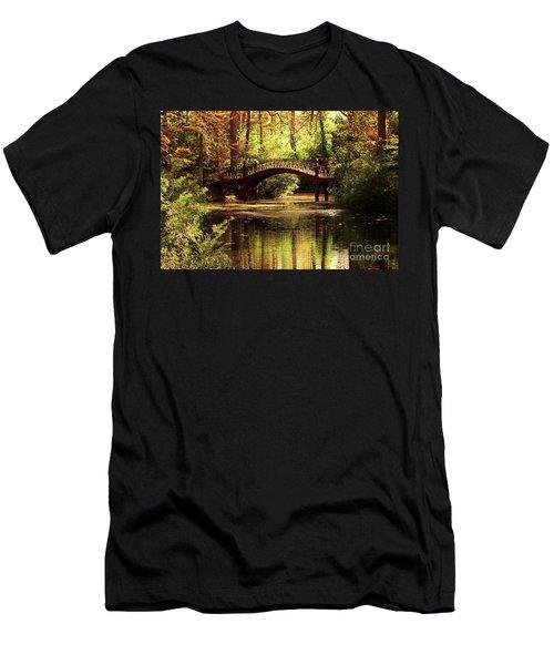 Crim Dell Bridge Men's T-Shirt (Athletic Fit)