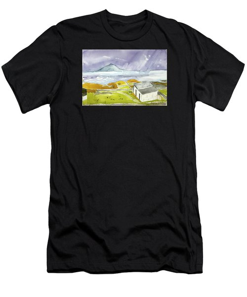 Croagh Patrick And Purple Sky Men's T-Shirt (Athletic Fit)