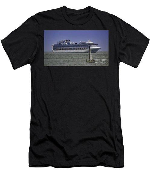 Cruising Men's T-Shirt (Athletic Fit)