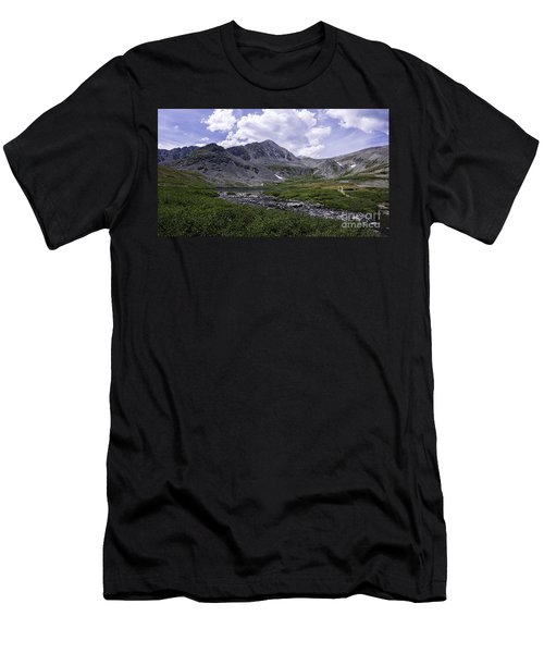 Crystal Peak 13852 Ft Men's T-Shirt (Athletic Fit)