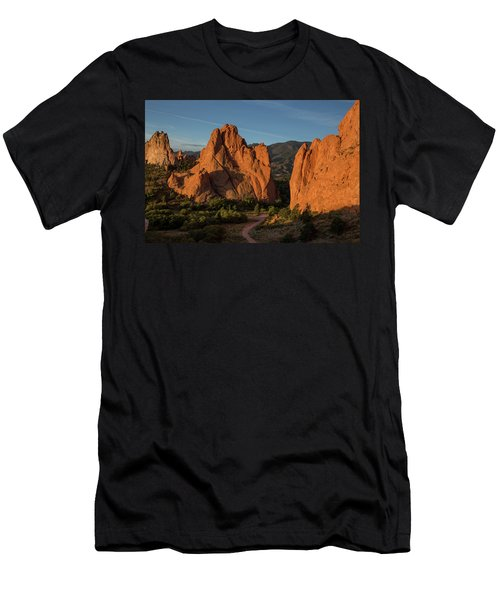 Curved Dirt Path At The Garden Of The Gods In The Morning Men's T-Shirt (Athletic Fit)
