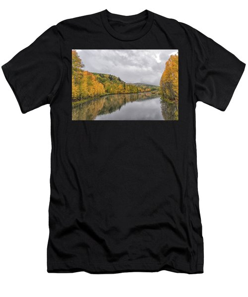 Cushman Lake  Men's T-Shirt (Athletic Fit)