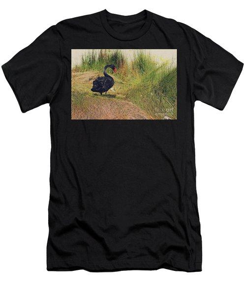 Cygnus Atratus I Men's T-Shirt (Athletic Fit)