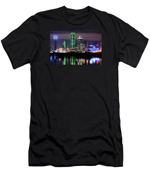 Dallas Cowboys Star Skyline Men's T-Shirt (Athletic Fit)