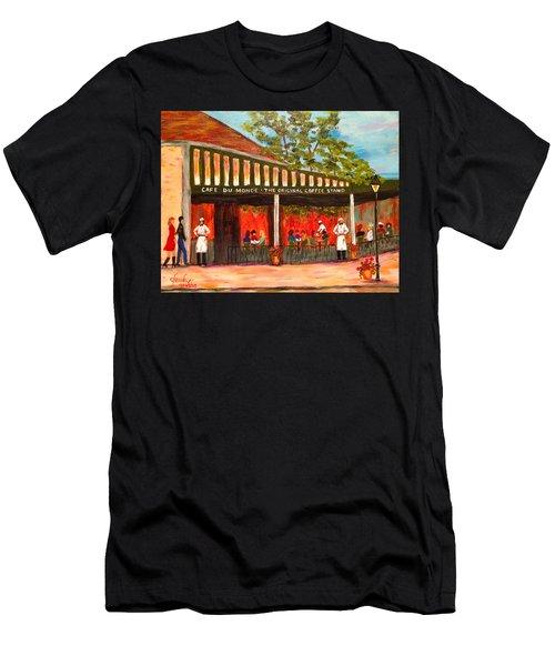 Date Night At Cafe Du Monde Men's T-Shirt (Athletic Fit)