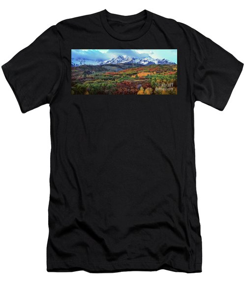 Dawn At The Dallas Divide Panoramic Men's T-Shirt (Athletic Fit)