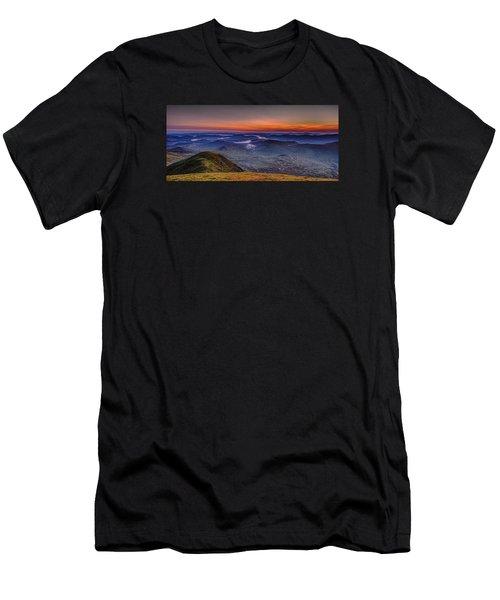 Dawn At The Merrick Summit Men's T-Shirt (Athletic Fit)