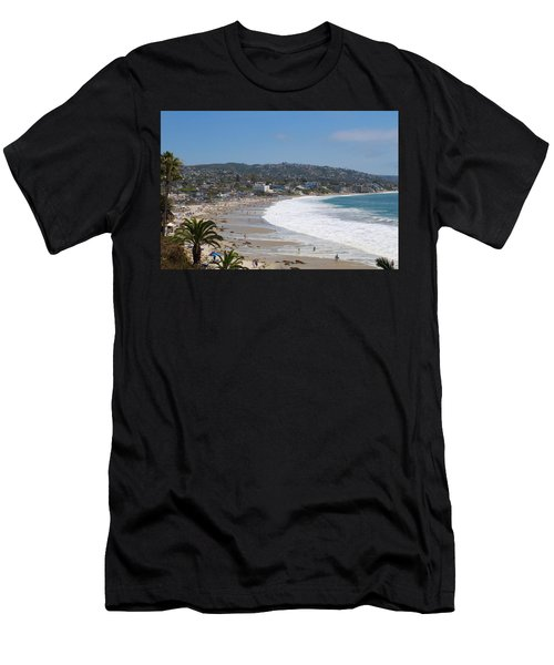 Day On The Beach Men's T-Shirt (Athletic Fit)