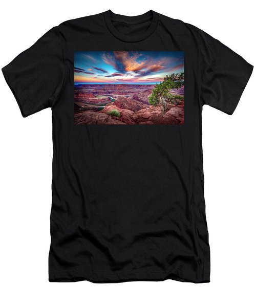 Dead Horse Point At Sunrise Men's T-Shirt (Athletic Fit)