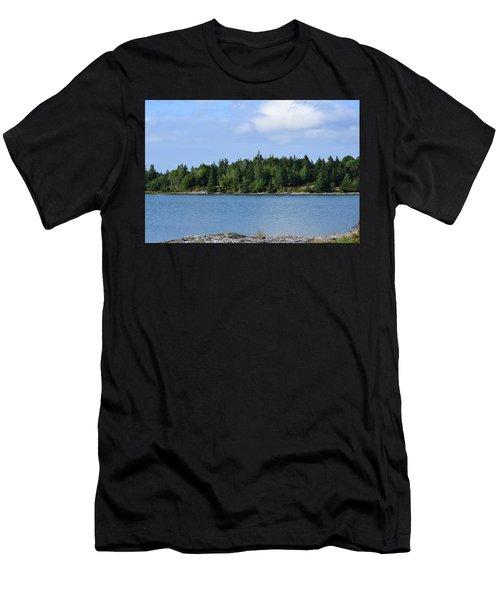 Deer Isle, Maine No. 5 Men's T-Shirt (Athletic Fit)