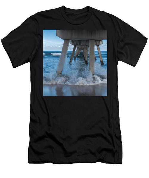 Deerfield Pier Men's T-Shirt (Athletic Fit)