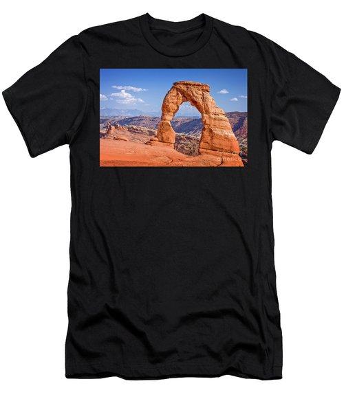 Delicate Arch Arches National Park Men's T-Shirt (Athletic Fit)