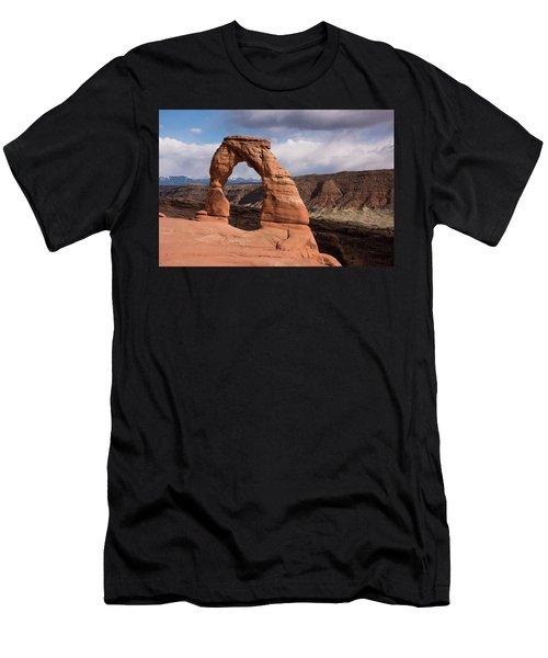 Delicate Arch Men's T-Shirt (Athletic Fit)