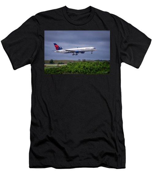 Delta Air Lines 757 Airplane N557nw Art Men's T-Shirt (Slim Fit) by Reid Callaway