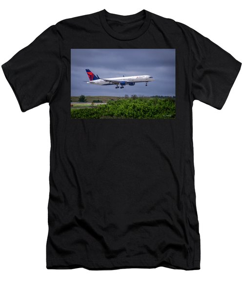 Delta Air Lines 757 Airplane N557nw Art Men's T-Shirt (Athletic Fit)