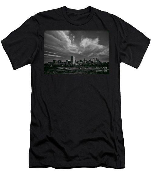Denver Skyline Men's T-Shirt (Athletic Fit)