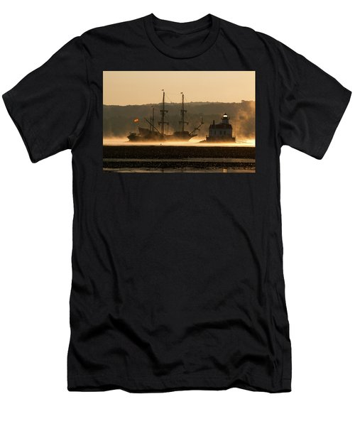 Departure Of El Galeon I Men's T-Shirt (Athletic Fit)