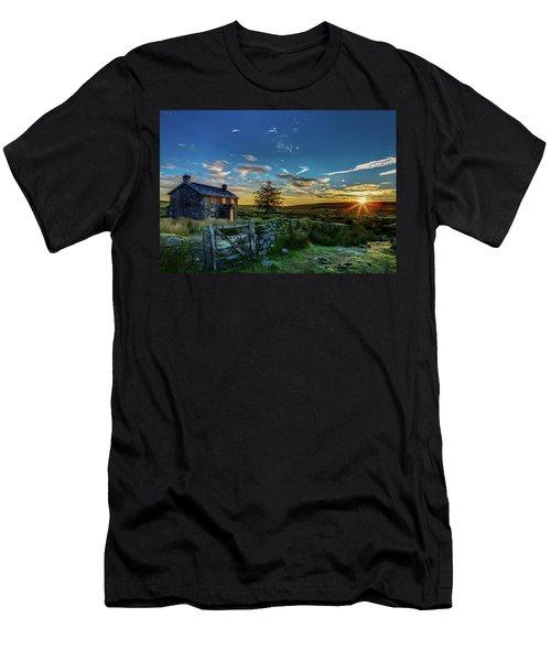 Derelict Cottage Nun's Cross, Dartmoor, Uk. Men's T-Shirt (Athletic Fit)