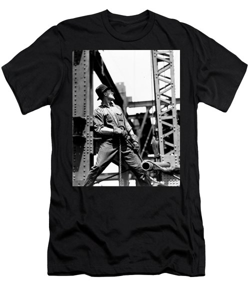 Derrick Man   Empire State Building Men's T-Shirt (Slim Fit) by LW Hine