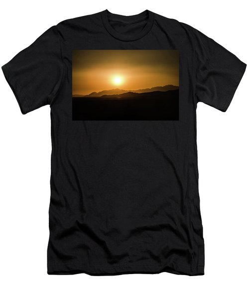 Desert Mountain Sunset Men's T-Shirt (Athletic Fit)