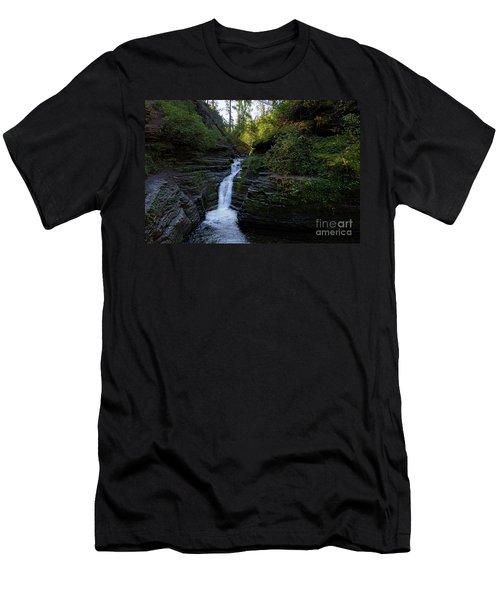 Devil's Bathtub In The Morning Men's T-Shirt (Athletic Fit)