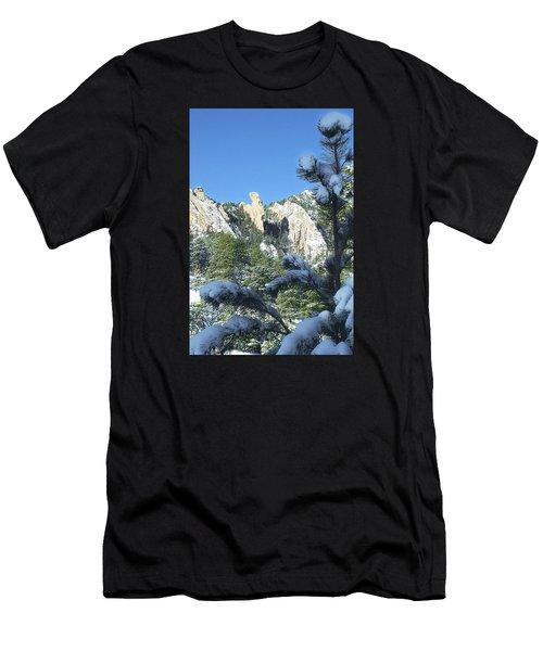 Devil's Thumb In Winter Men's T-Shirt (Athletic Fit)
