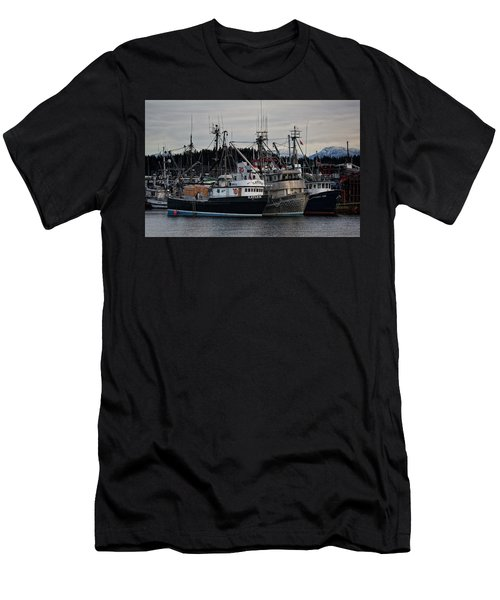 Men's T-Shirt (Slim Fit) featuring the photograph Discovery Harbour by Randy Hall