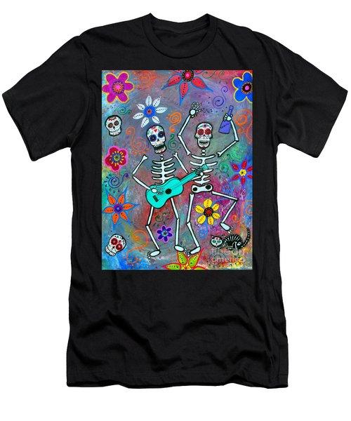 Disfrutando De La Vida Men's T-Shirt (Athletic Fit)