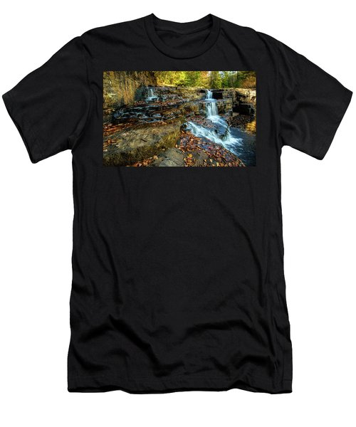 Dismal Creek Falls Horizontal Men's T-Shirt (Athletic Fit)