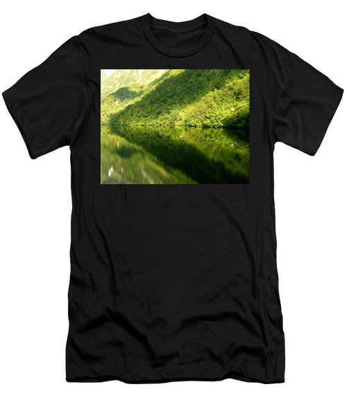 Doubtful Sound, New Zealand No. 4 Men's T-Shirt (Athletic Fit)