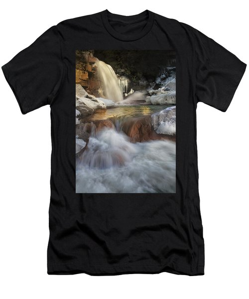 Douglas Falls Flow Men's T-Shirt (Athletic Fit)