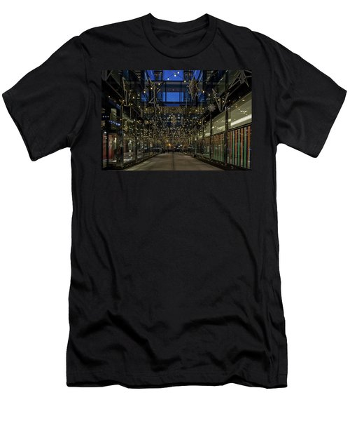 Downtown Christmas Decorations - Washington Men's T-Shirt (Athletic Fit)