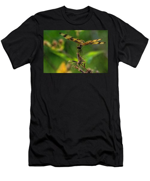Dragonfly Resting On Flower Men's T-Shirt (Athletic Fit)