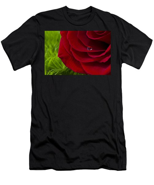 Drop On A Rose Men's T-Shirt (Athletic Fit)